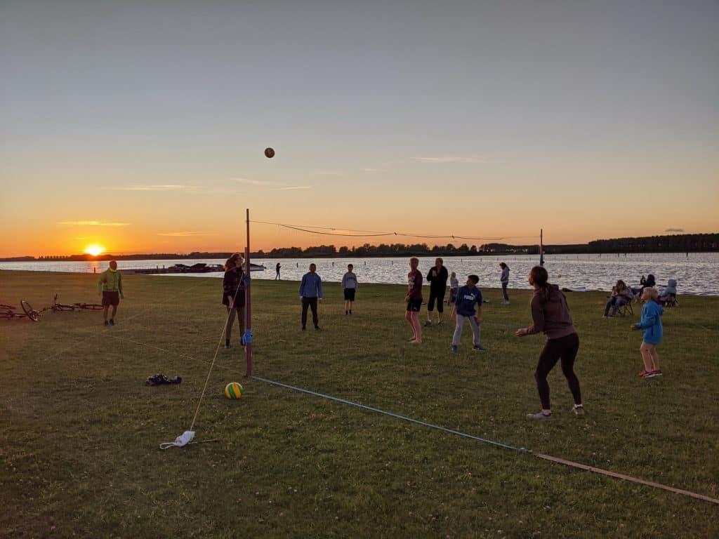 Familien Urlaub Holland Volleyball
